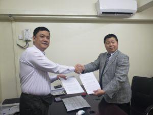ミャンマー送り出し機関との契約調印式